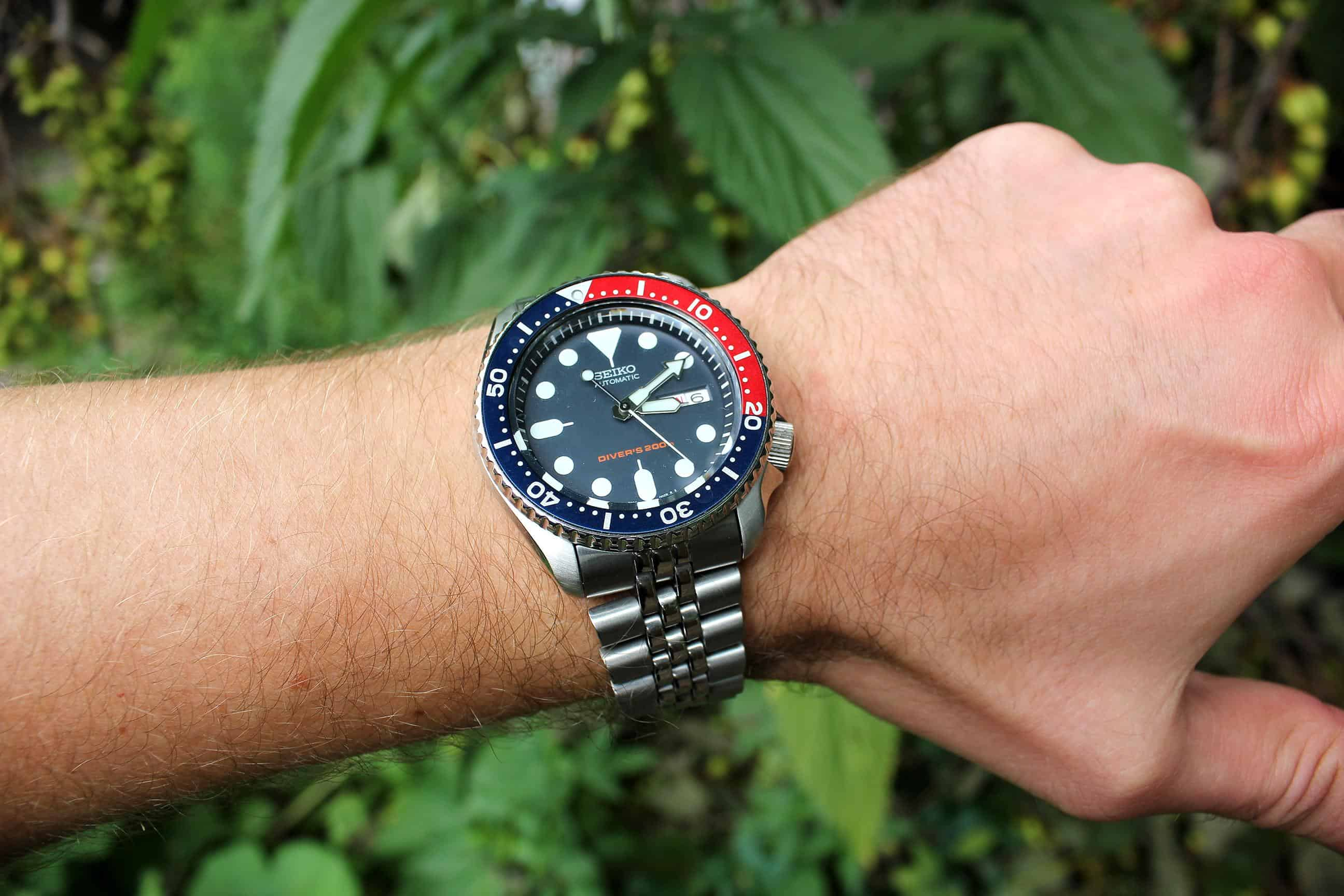Seiko SKX009K2 Mens Divers Watch