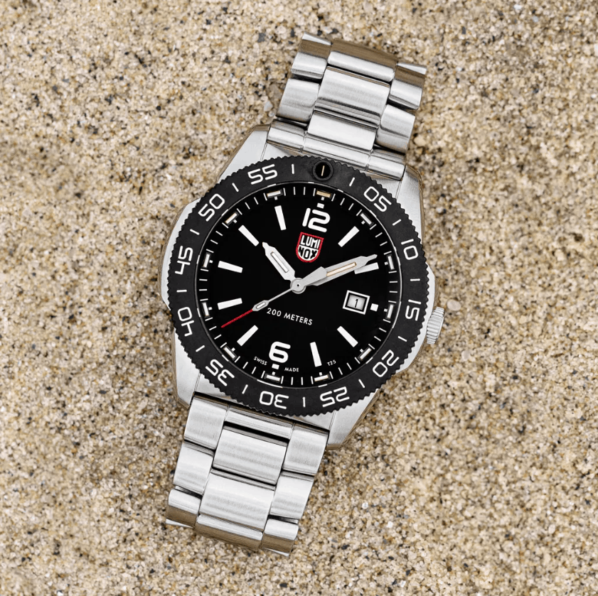 Luminox Pacific Dive Series in sand